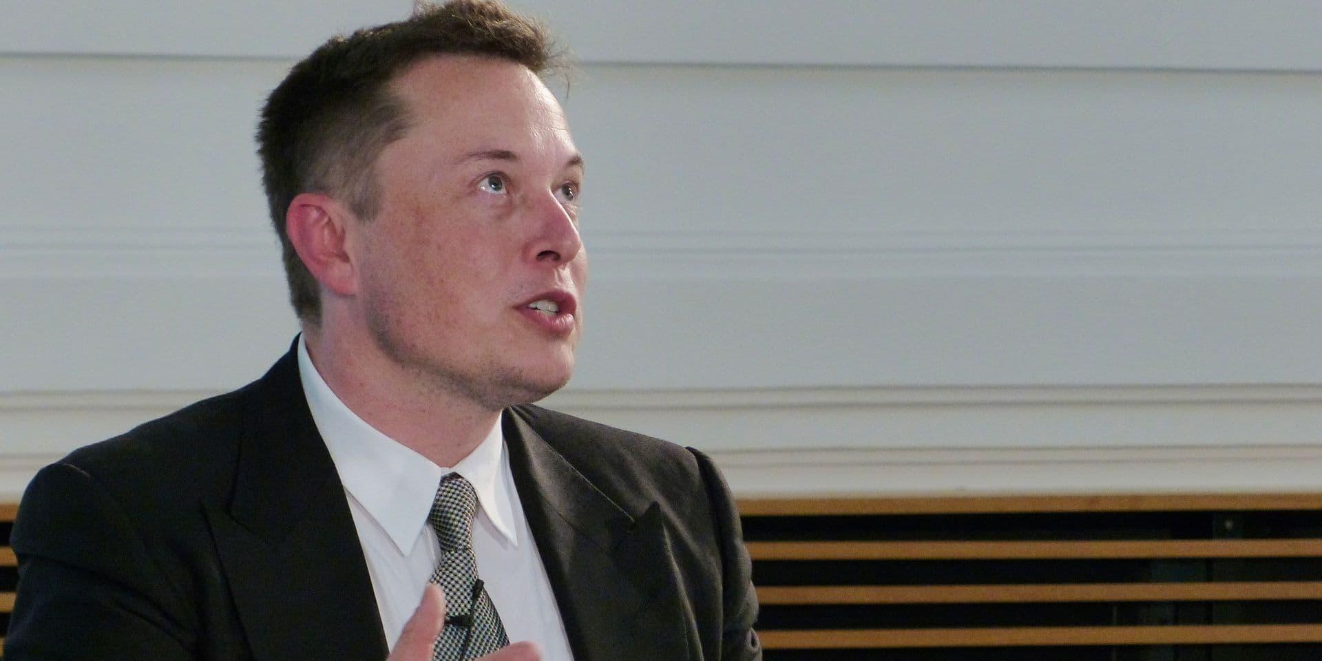Elon Musk balaie les inquiétudes des astronomes sur sa constellation de satellites