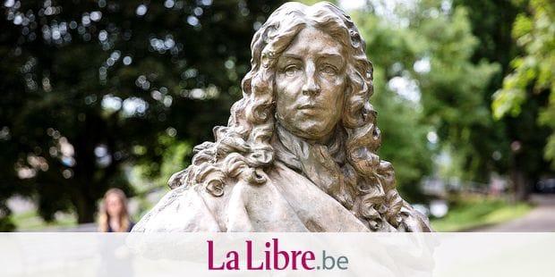 LIEGE. LE BUSTE DE JEAN VARIN DANS LE PARC DE LA BOVERIE. PHOTO Michel Tonneau
