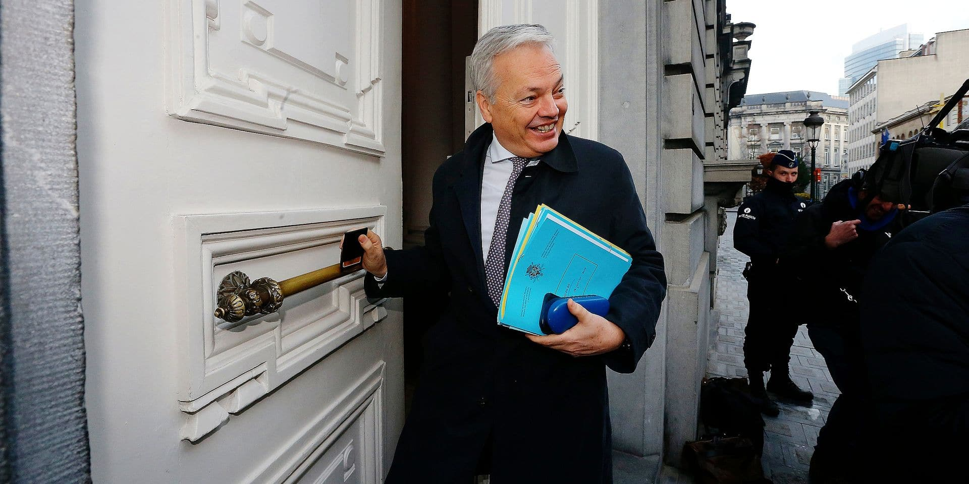 Vice-Prime Minister and Minister of Foreign Affairs and Defence Didier Reynders arrives for a Minister's council meeting of the Federal Government, in Brussels, Friday 18 January 2019. BELGA PHOTO NICOLAS MAETERLINCK