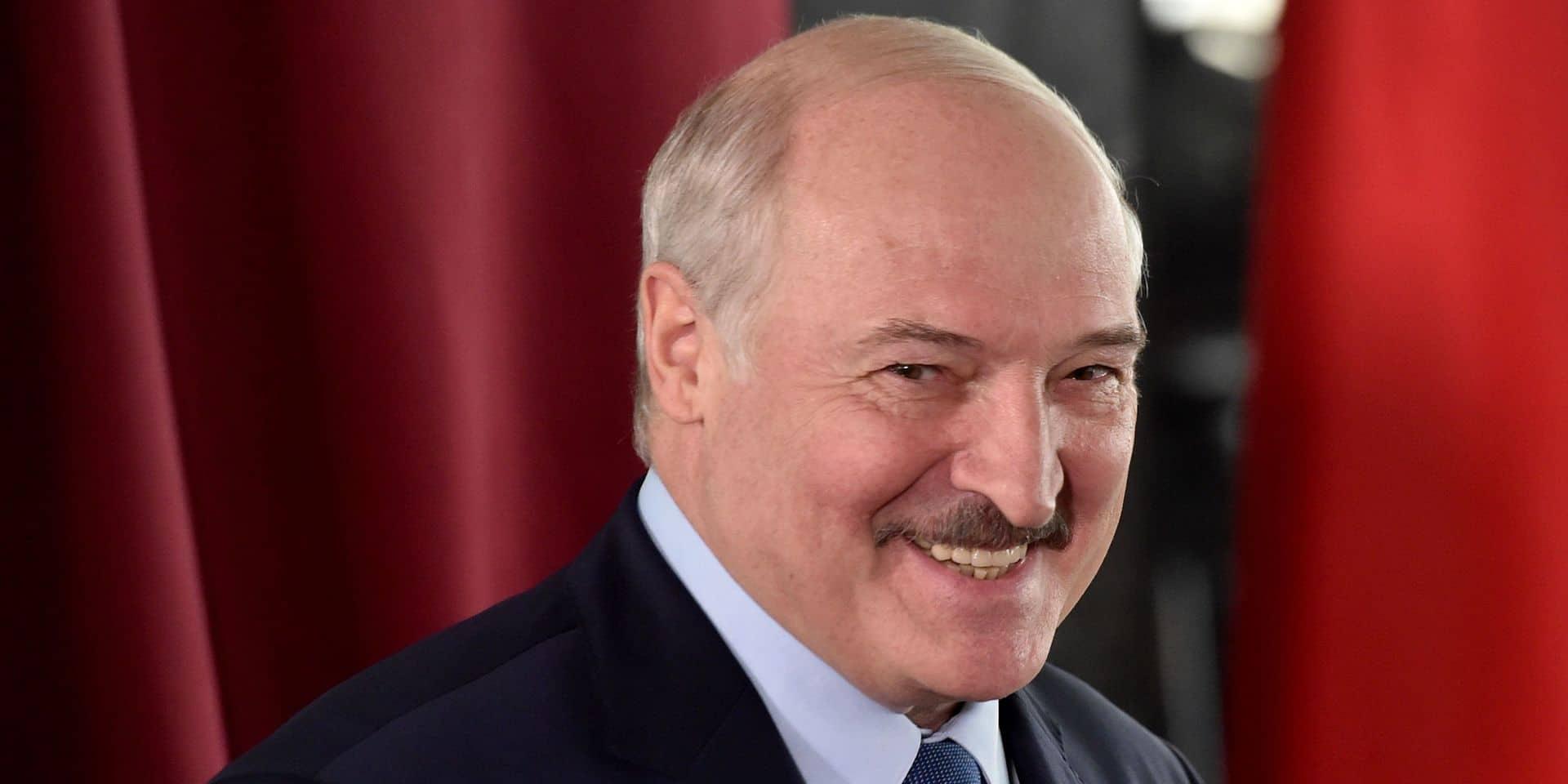 Biélorussie: Loukachenko aurait reçu 2% des votes lors du scrutin présidentiel, selon une agence de presse russe